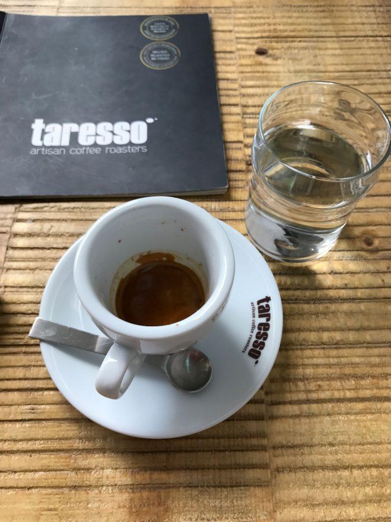 קפה באתונה